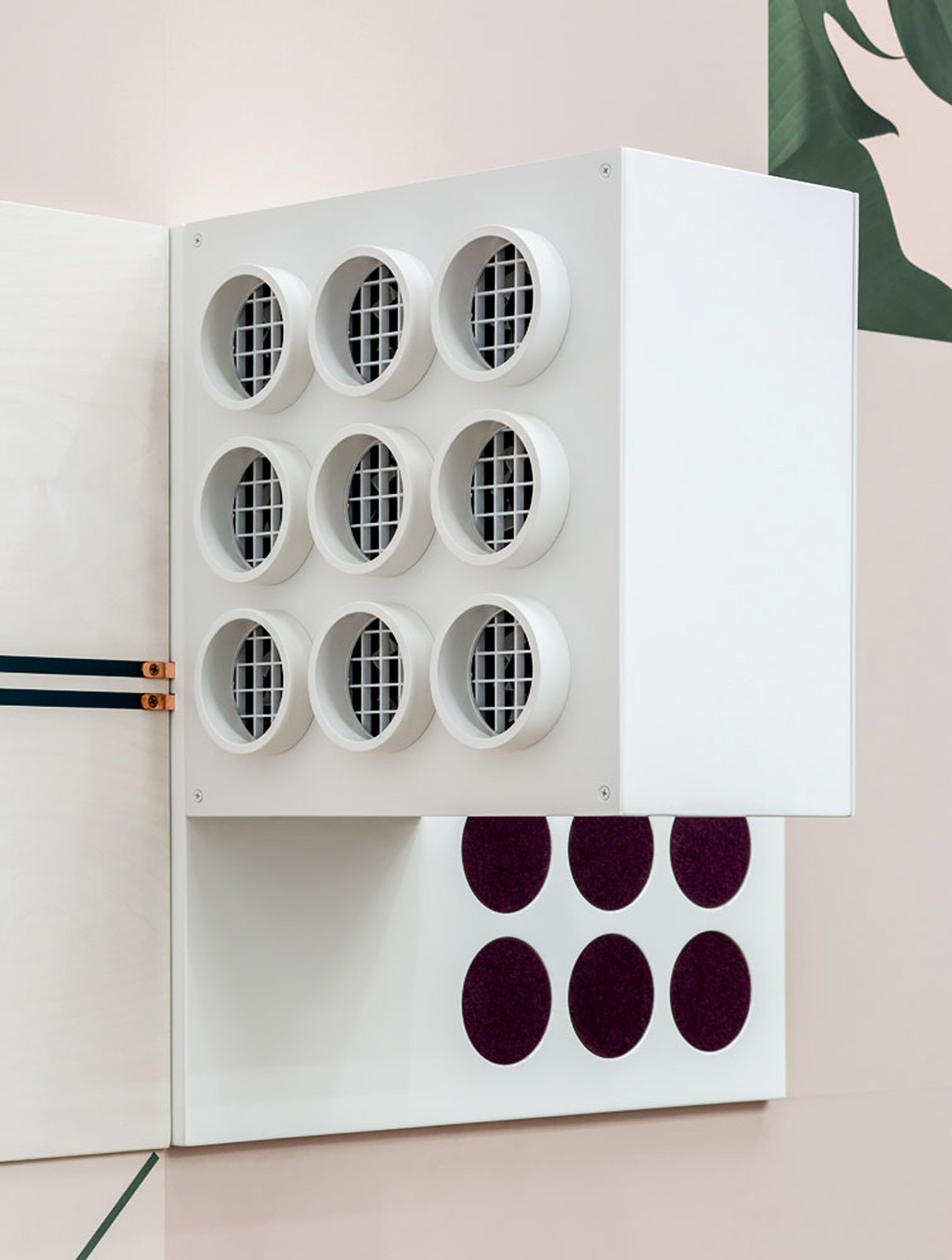 """connect"""", the electric wallpaper that connects speakers, lights"""
